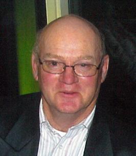 Dean MacMillan